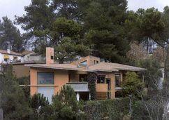 Casa Garau Agustí (1985), junto con Enric Miralles.