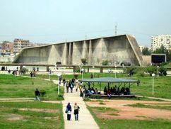 Universidad de Ciencia y Tecnología Houari-Boumediene, Argel, Argelia (1970-1974)