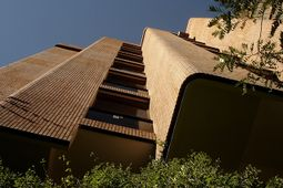 Coderch.EdificioGirasol.3.jpg