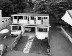 Propuesta de viviendas adosadas en la Exposición de Estocolmo de 1930.