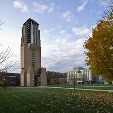 Torre Lurie, Universidad de Michigan (1994-1996)}}