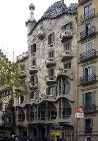 Gaudi.CasaBatllo.3.jpg