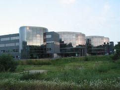 Edificio de oficinas Il Fiori, Maastrich, Holanda (2002-2003)