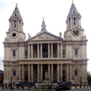 Fachada de la Catedral de San Pablo