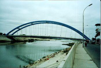 Nuevo puente Bolognesi