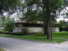 Frank B. Henderson House (Elmhurst, Illinois) 05.JPG