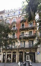 Casas Paula Serrallonga y Antonia Carrera, Barcelona (1897)