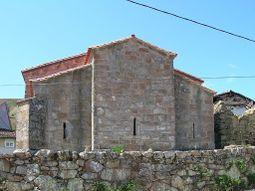 Igrexa prerrománica de Santa María de Mixós - Monterrei - Ourense.jpg