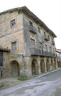 Palacio de los Montoya.jpg