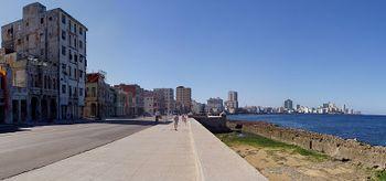 Malecón am Tag.jpg