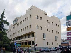Edificio de Correos y Telecomunicaciones, León (1980-1983)