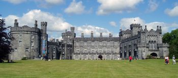 Kilkenny Castle cropped version.jpg