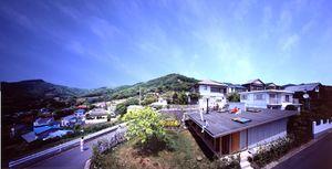 Rooof house.Tezuka.2.jpg