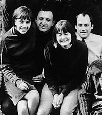 De derecha a izquierda:Norman Foster, Su Brumwell, Richard Rogers y Wendy Cheesman