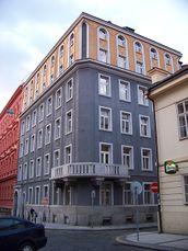 Viviendas de la Sociedad Minero Metalúrgica Vítkovického, Praga (1921-1924)
