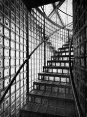Taut Glass Pavilion escalera 1914.jpg