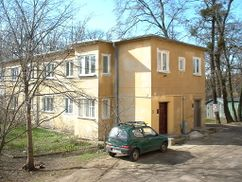 Nº 3-6: 8 viviendas agrupadas (Gustav Wolf)