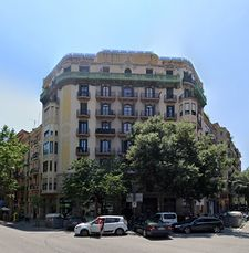 Viviendas en Muntaner esquina Rosselló, Barcelona (1929)