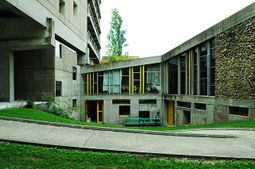 Le Corbusier.Casa de Brasil.4.jpg