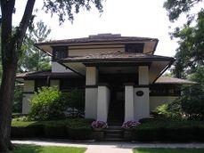 Frank B. Henderson House (Elmhurst, Illinois) 01.JPG