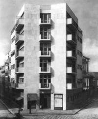 Terragni.CasaLavezzari.4.jpg