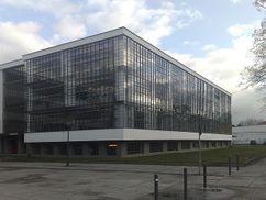 Gropius.Edificio Bauhaus.4.jpg