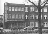 Casa en Leplaan, La Haya (1919), junto con Bernard Bijvoet.