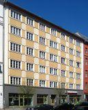 Edificio de viviendas en Rosa Luxemburg Strasse 15, Berlín (1928)