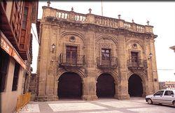 Casa consistorial de Labastida.jpg