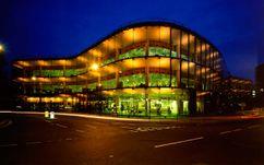 Sede de Willis Faber & Dumas, Ipswich, Inglaterra  (1971-1975)