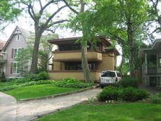 Oak Park Il Mrs. Gale House1.jpg