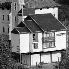 Viviendas Olazabal, Motrico, Guipúzcoa (1962)