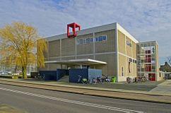 Biblioteca (antes iglesia) De Hoeksteen, Uithoorn (1960-1965)