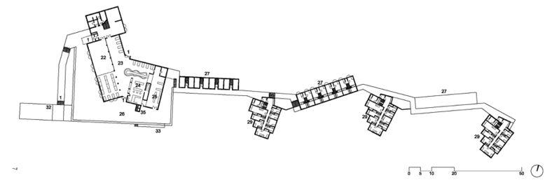 1 Ingreso; 2 Secretaria; 3 Administración; 4 Rectorado; 5 Departamento de Arquitectura y Urbanística; 6 Biblioteca; 7 Departamento de Información. 8 a 13 Departamento de Forma del Producto con los talleres de yesos (9), maderas (10), metal (11), metales preciosos (12) y materiales plásticos (13); 14 Color y superficie; 15 a 18 Departamento de comunicación visual; sala de dibujo, tipografía y taller tipográfico, laboratorio fotográfico; 19 Auditorio; 20 Aula para enseñanzas fundamentales; 21 Almacenes; 22 Aula magna; 23 Comedor; 24 Cocina; 25 Lavandería; 26 Terraza; 27 y 28 taller para estudiantes y asistentes; 29–30–31 habitaciones para estudiantes; 32 Portería; 33 Puerta de servicio; 34 Local del personal; 35–39 Central térmica.