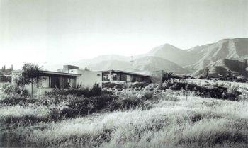Neutra.CasaMoore.jpg