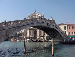 Venecia.PuenteDescalzos.2.jpg