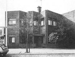 Vivienda en Tweede Louise de Colignystraat, La Haya (1918), junto con Bernard Bijvoet.