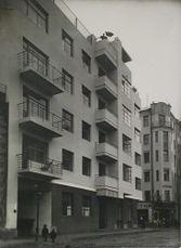 Moisei Ginzburg.Apartamentos Gosstrakh.6.jpg