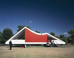 Pabellón en la Serpentine Gallery, Londres (2003)