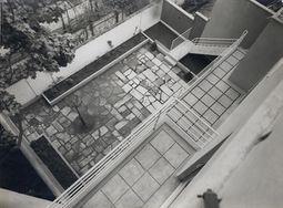 Andre Lurcat. Villa Guggenbuhl.9.jpg