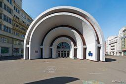 KraLadovsky.MetroKrasnyeVorota.3.jpg