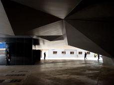 Herzog & de Meuron.CaixaForum.4.jpg