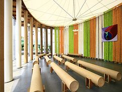 Iglesia de papel en Puli.ShigeruBan.5.jpg