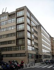 Sede de Hacienda, San Sebastián (1958-1965) junto con Manuel Sierra Nava y José maría Yturriaga.