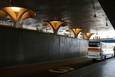 VilanoivaArtigas.EstacionAutobusesJau.3.jpg