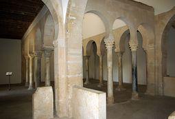 Monasterio de San Miguel de Escalada 28 by-dpc.jpg
