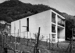 Casa Snider,  Verscio, Ticino (1964-1965), junto con Luigi Snozzi