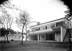 Gropius.Casa levy.8.jpg