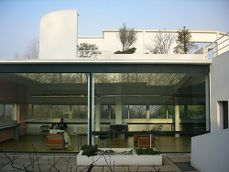 Le Corbusier.Villa savoye.6.jpg