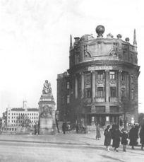 Palacio Urania, Viena, Austria (1909)